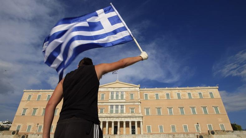 Греция начинает большой разворот в сторону России. СИРИЗА хочет вывести Грецию из НАТО, закрыв все иностранные военные базы