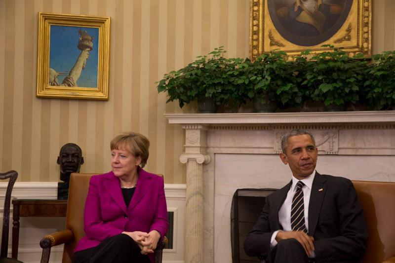 Вбросы про Меркель, ультиматумы и скинхедов