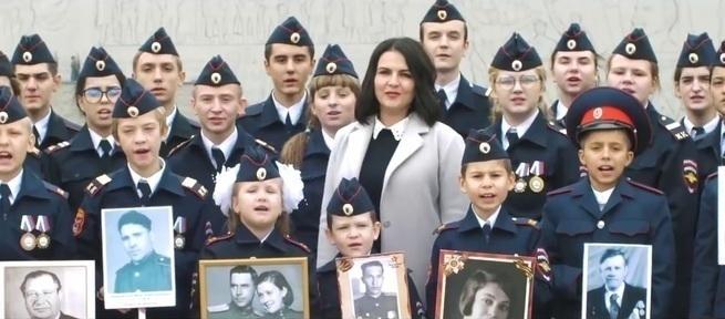 Дети сталинградской земли спели Путину:  «Дядя Вова, мы с тобой» (видео)
