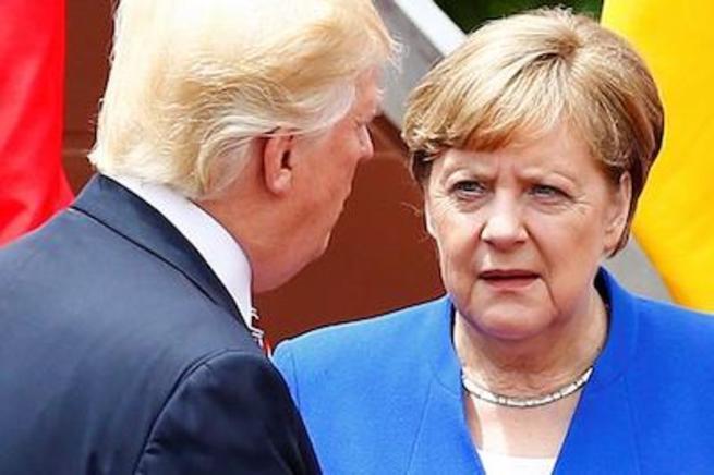 Меркель и Трамп раскритиковали...