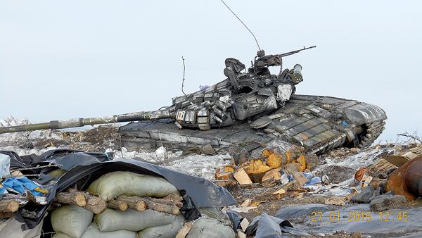 На поле боя от танков противника т-72 выгодно отличается низким силуэтом, хорошей
