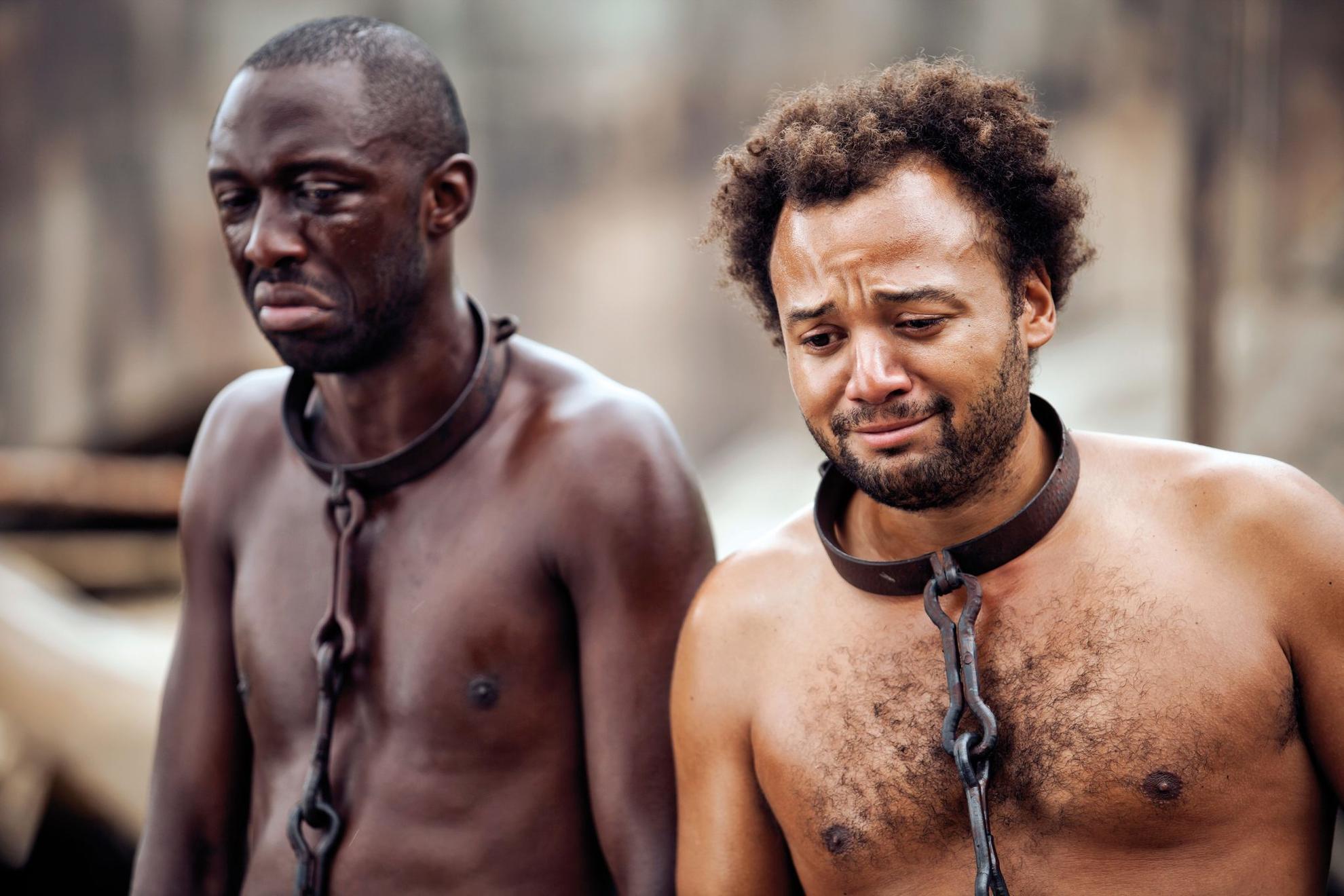 фото хозяин и рабы - 6
