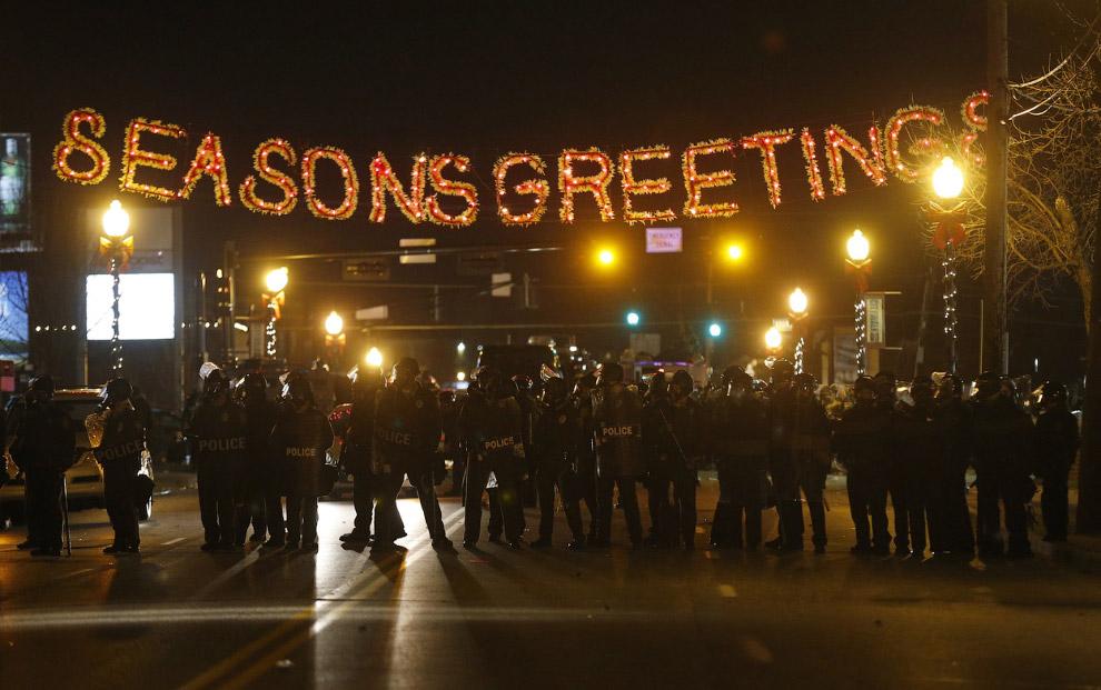 Январь 2016.Крах США начался! Массовые митинги по всем городам! Стрельба по всюду! Гробы! Гробы!