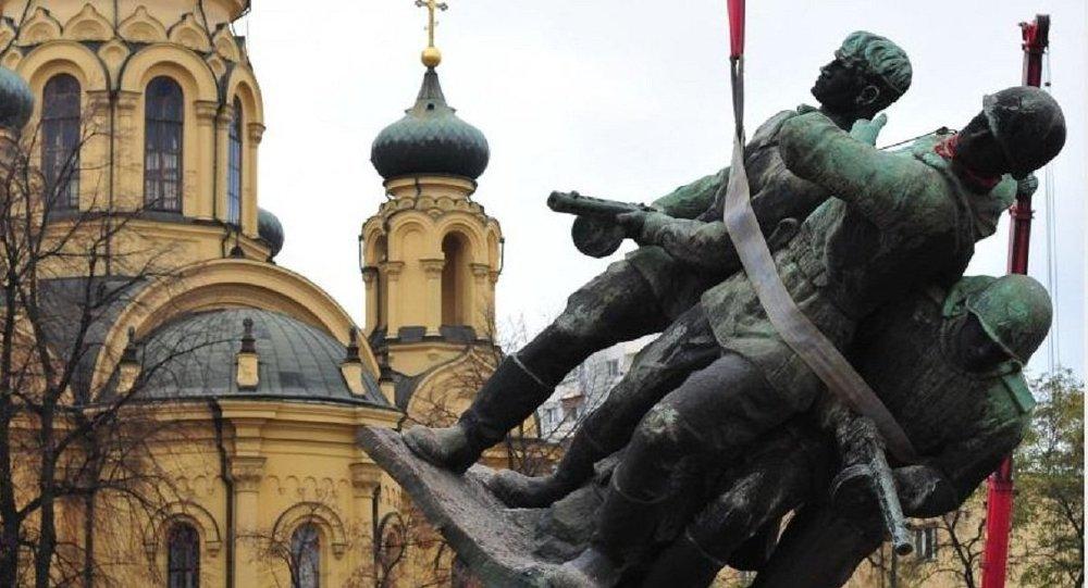 В Польше снесут 500 памятников советской эпохи