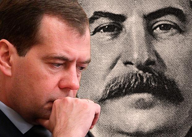 Картинки по запросу Сталин и Медведев