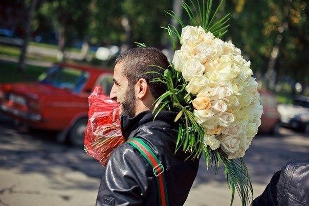 грузин с цветами картинки фотосток