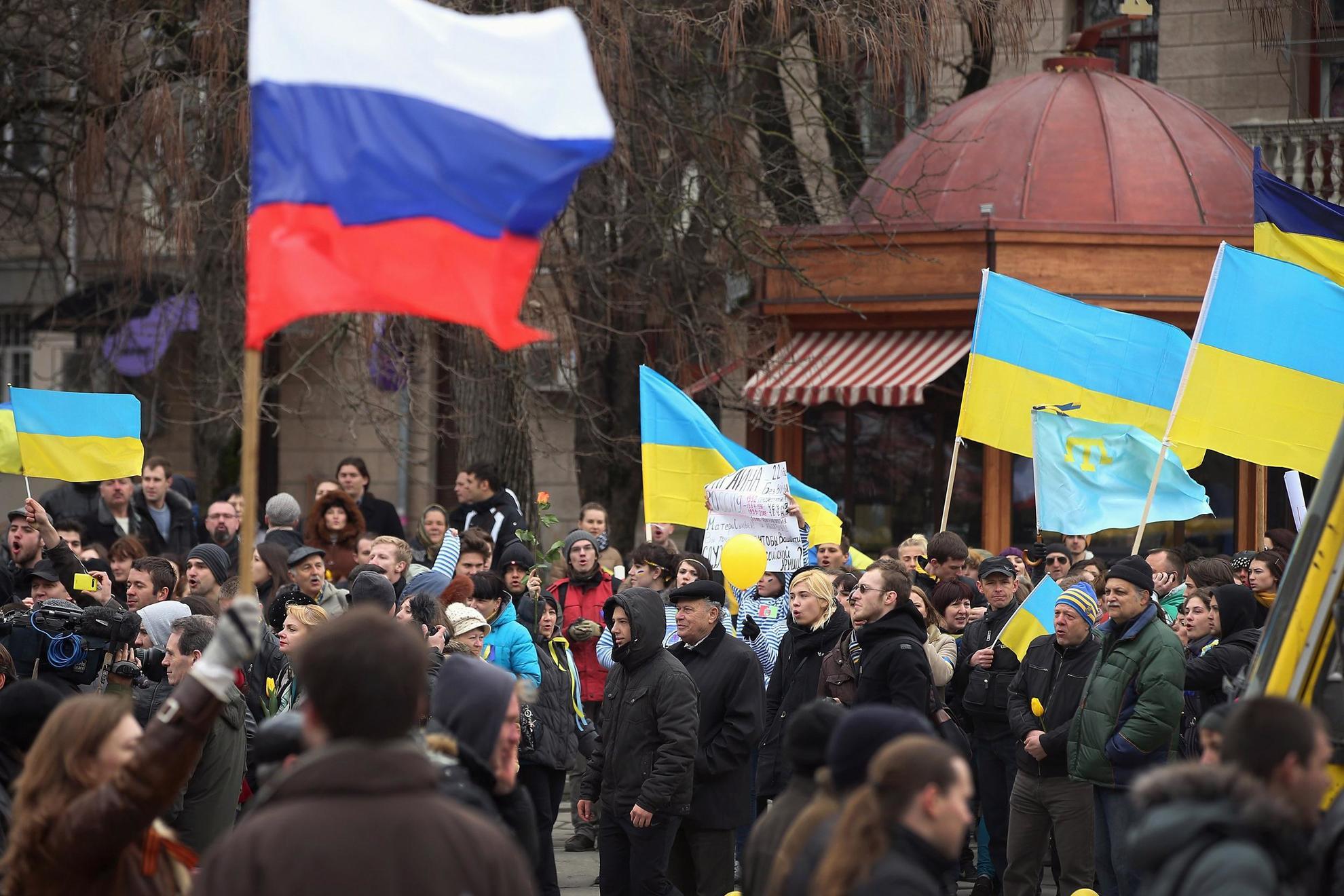 украина против россии картинки комфортный, диван станет