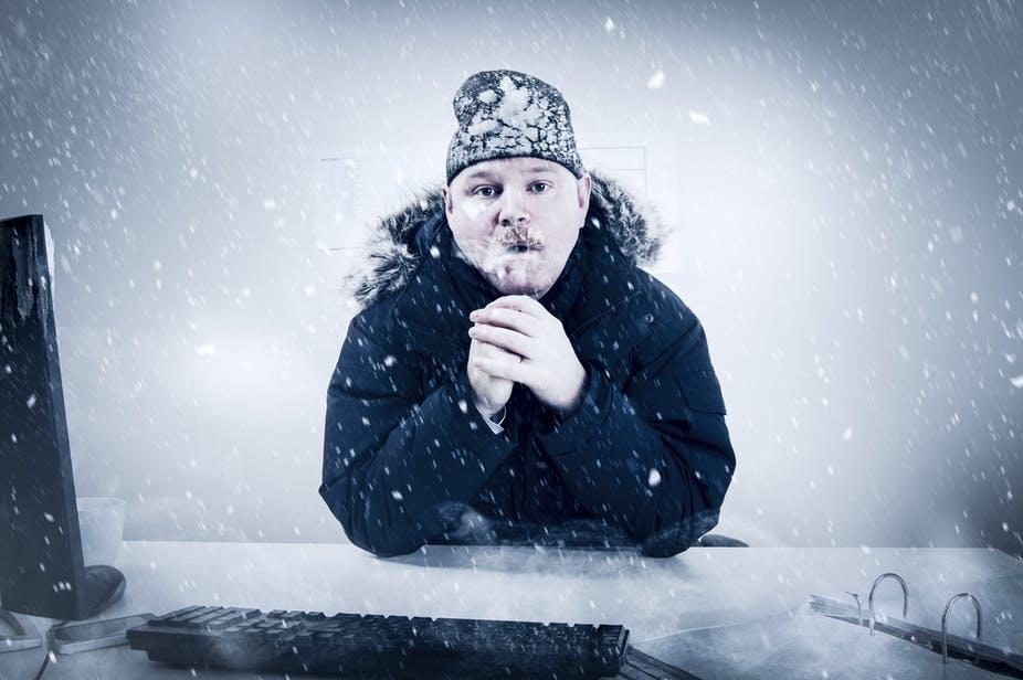 Фото замерзшего человека