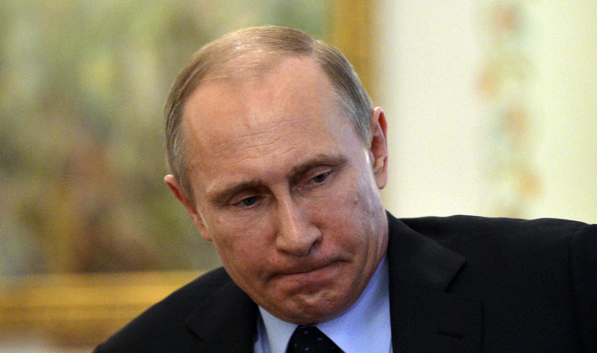 Bloomberg: Путин совершает ошибку в ситуации с Навальным