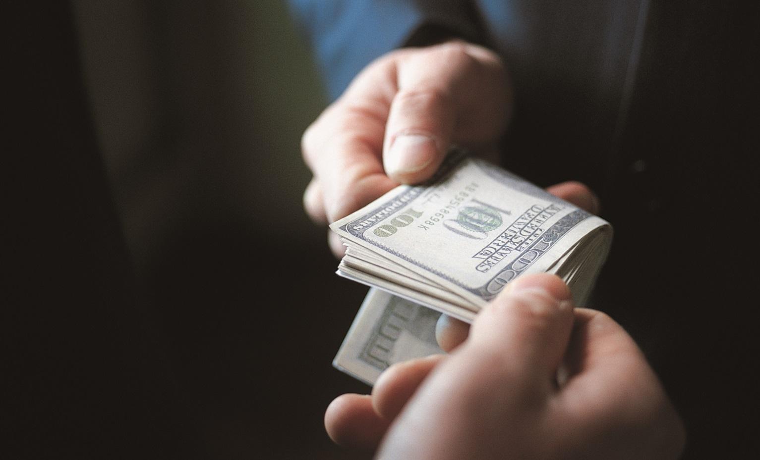 в США как легально тратят триллионы Коррупция в США как легально тратят триллионы